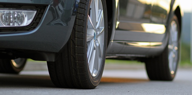 安全ガイド, 中古タイヤ購入ガイド, 安全情報, タイヤショップ, 情報, 中古タイヤ, タイヤ